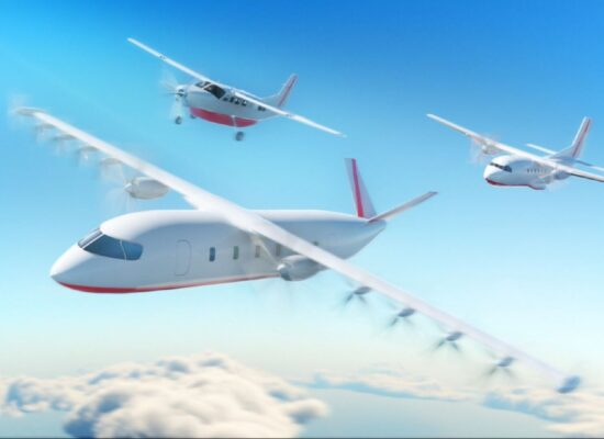 fully electric planes expected to be operaitonal by 2024